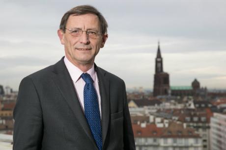 DOSSIER ZÉNITH : Interview avec Robert Herrmann